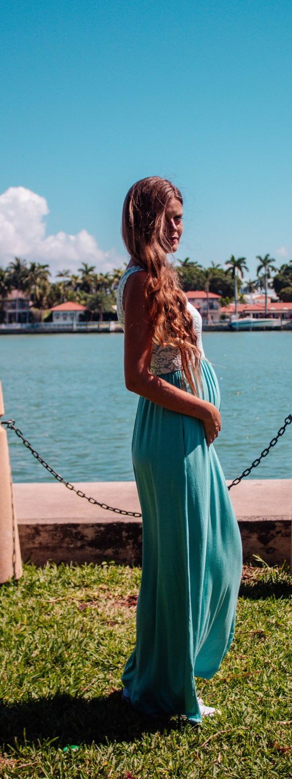 PinkBlush Green Lace & Cotton Maxi Dress Sleeveless: For a super cool pregnant woman!